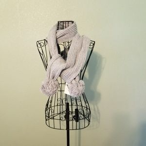 Accessories - NWT Women's Grey Scarf w/ Ball Ends